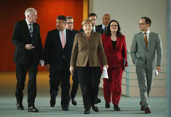 Die deutsche Bundesregierung. Fremdgesteuerte Totalversager. Ätzend #Date:05.2016#