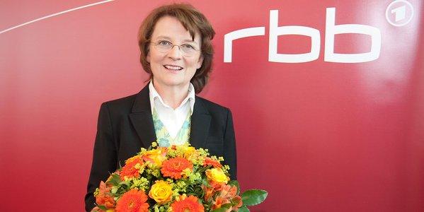 Die Chefin von Radio Brandenburg RBB erhält aus Rundfunkgebühren eine monatliche Pension von 12000 EUR. GEZ abschaffen. #Date:1176#