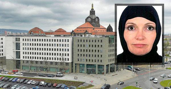 Kopftuch-Affäre im sächsischen Wirtschaftministerium SPD. Mitfahrende Frauen der Wirtschaftsreise in den Iran wurden mit Kopftüchern in einer Reisebroschüre abgebildet. Vorauseilender Kotau vor Moslems durch SPD. #Date:06.2016#