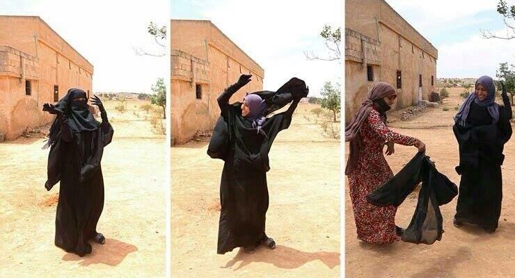 Nach Abzug der ISIS befreien sich Frauen von der Burka und tragen bunte Kleider. In Deutschland kämpfen Moslems darum, dass die Burka getragen werden darf. #Date:06.2016#
