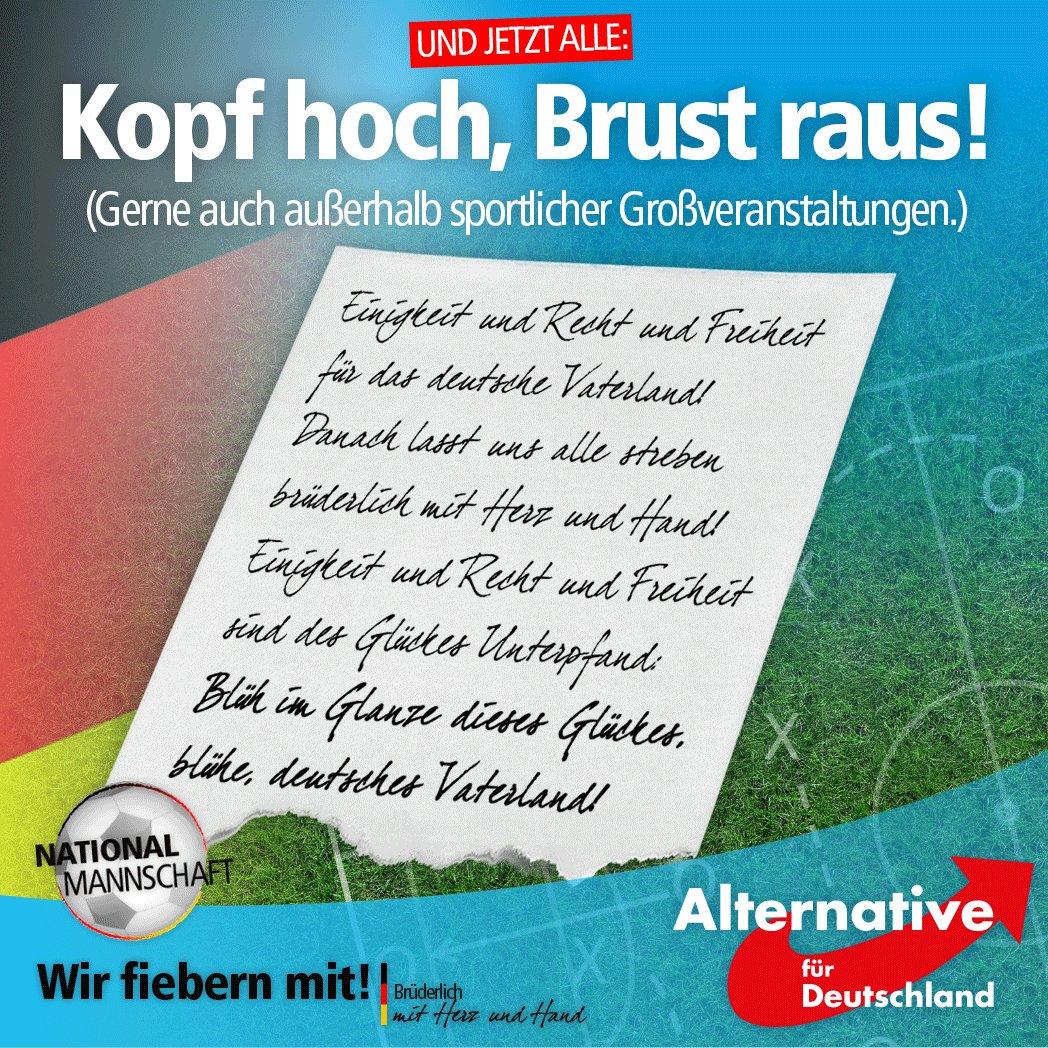 Einigkeit und Recht und Freiheit… Kopf hoch, Brust raus. Deutsche Fussball NATIONAL-Mannschaft bei dem EM 2016 #Date:06.2016#