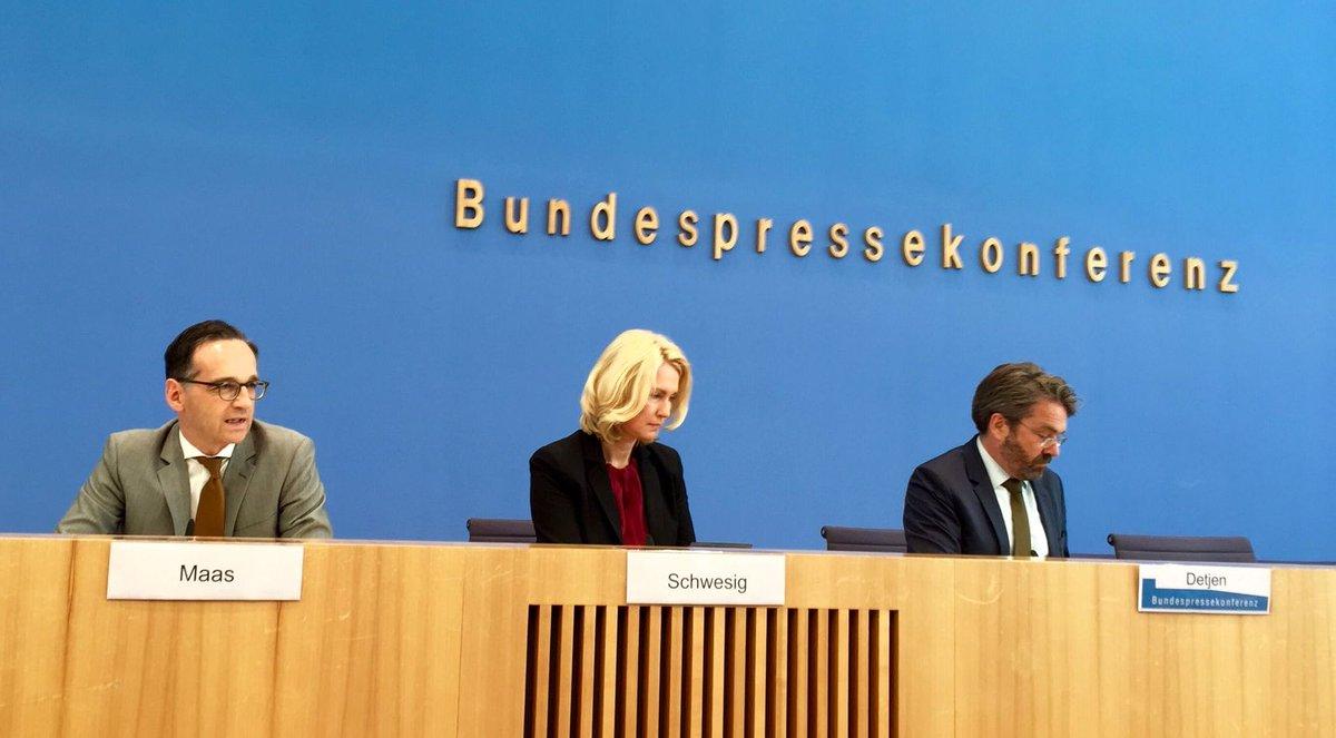 Bundeszensurminister Heiko Maas SPD und Bundeslinkenunterstützer-Ministerin Schwesig SPD verkünden angebliche Erfolge der staatlich verordneten Frauenquote. Linksversiffte Regierung ist Bevormundung der Gesellschaft. #Date:06.2016#