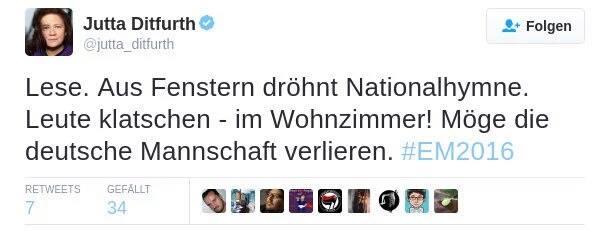 Jutta Dittfurth GRÜNE mit einem bemerkenswerten Tweet, der aber keine Aufregung hervorruft. Möge die deutsche Fussball-Nationalmannschaft bei der Fussball-Europameisterschaft 2016 verlieren. #Date:06.2016#