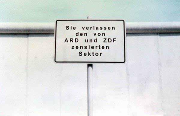 Sie verlassen den von ARD und ZDF zensierten Sektor. Staatlicher Regierungsfunk auf unsere Kosten. Boykottiert GEZ und Beitragsservice #Date:01.2016#