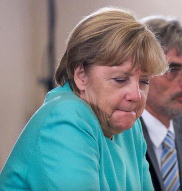 Merkel-Land ist abgebrannt. Die Bundeskanzlerin nach der Wahl in Mecklenburg-Vorpommern 2016, bei der die CDU von der AfD Alternative für Deutschland überflügelt wurde. #Date:09.2016#