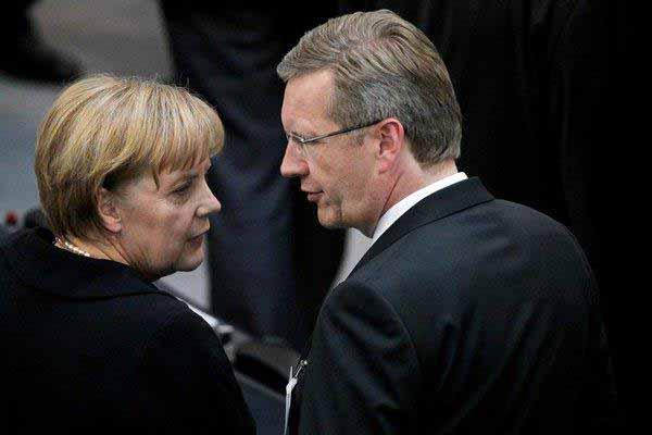 2 ganz Schöne: Merkel und Wulff #Date:01.2016#
