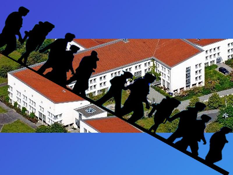 Bild zum Thema >> LK NEA-BW: Landratsamt weiterhin mit Asylchaos und Massenmigration ausgelastet  Die sogenannte 'Flüchtlingssituation' beschäftigt weiterhin etliche Mitarbeiter im Landratsamt Neustadt/Aisch - Bad Windsheim.   Obwohl die Zahl der Neuzugänge derzeit deutlich nachgelassen hat, ist der Dienstbetrieb des Landratsamtes weiterhin von Flüchtlingen, Asylbewerbern und Migranten geprägt. Dies legte der Pressesprecher des Landratsamtes in der jüngsten Kreisausschuss-Sitzung dar.  Die 'Neu-Zugewanderten', wie es im Behördendeutsch verharmlosend heißt, beschäftigen zunehmend die allgemeinen Leistungsbereiche des Amtes, wie Sozialwesen, Kreisjugendamt und Jobcenter und erhöhen damit die Fallzahlen erheblich.  Dabei wirke sich zudem aus, dass die Betreuung (hört, hört) der Neu-Zugewanderten intensiver sei,weil mehr bürokratische Hürden zu überwinden seien  und man mit kulturellen Unterschieden zu kämpfen habe.  Eine Statistik über anerkannte Flüchtlinge wird beim Landratsamt nicht geführt. Man verlässt sich darauf, dass das gesellschaftliche Freiland-Experiment schon funktionieren wird. Derweil werden die Bürgermeister auf der Dienstversammlung angewiesen, potentielle Vermieter aufzusuchen und dort Propaganda für die Vermietung an sogenannte Fehlbeleger ('anerkannte' Flüchtlinge) unter Hinweis auf Mietübernahme durch den Landkreis zu machen.  Derzeit seien 732 Asylbewerber im Landkreis noch nicht anerkannt.  #LkNeaBw  #neustadt_aisch  #bad_windsheim  #landratsamt  #NeuZugewanderte  #betreuung  #fluechtlingssituation  #auslastung