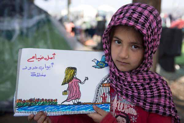 Kinder werden von der Lückenpresse immer wieder instrumentalisiert, um die toxische Flüchtlingspolitik von Merkel schön zu reden. #Date:03.2016#