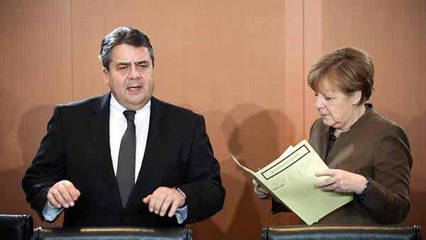 Wunschtraum. Merkel und Gabriel mit Entlassungsurkunde vom Bundespräsidenten. #Date:01.2016#