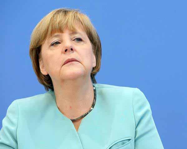 Merkel tut so, als wenn sie auch was weiß #Date:12.2015#