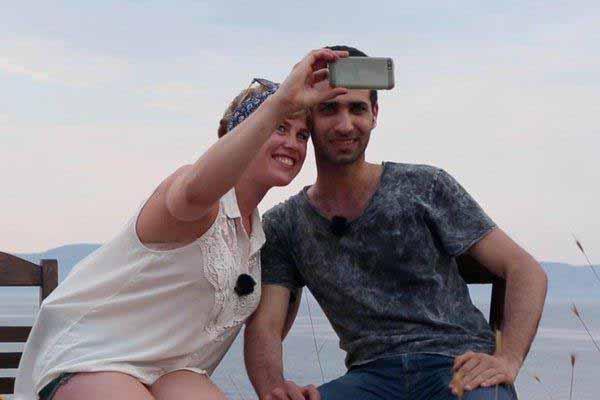 Notgeile Schlampe mit Araber auf Lesbos #Date:01.2016#
