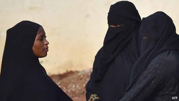 Burka Verbot in Westafrika aus Angst vor Selbstmord-Attentätern #Date:02.2016#