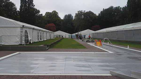 Flüchtlingslager in Nürnberg inklusive Minigolf #Date:01.2016#