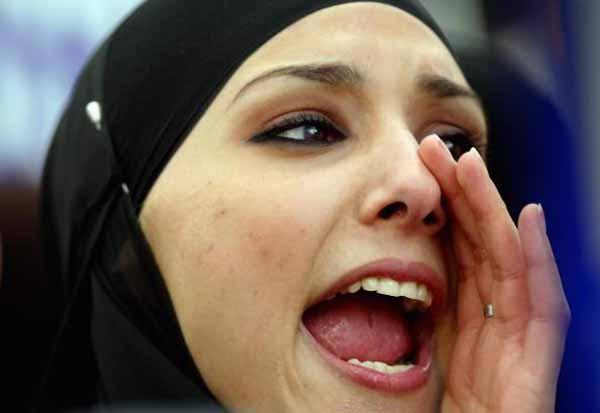 Vom US-Militär werden Frauen mit Hijab als passive Terroristen eingeschätzt. #Date:02.2016#