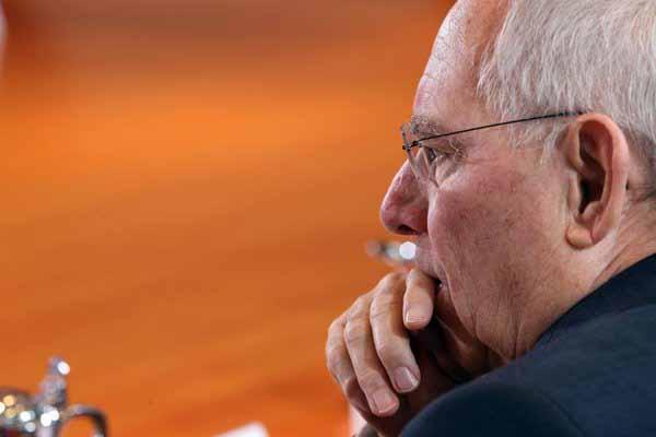 Schäubles Milliarden-Überschuss ist für Flüchtlinge reserviert #Date:03.2016#