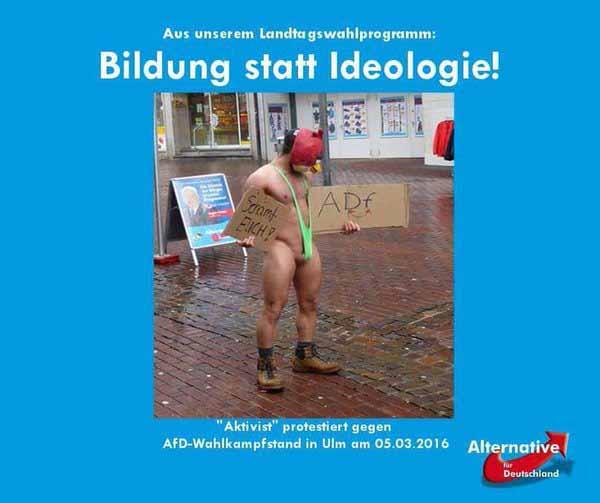 Bildung statt Ideologie. Rot-grüner Aktivist vor Wahlstand der AfD #Date:03.2016#