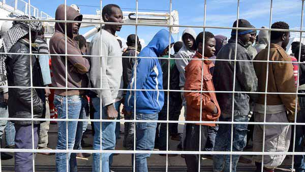 In Libyen warten ca. 800.000 Migranten auf den Sturm auf Europa #Date:#